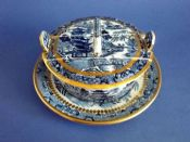 Rare Davenport Stone China 'Two Temples' Willow Pattern Butter Dish c1830